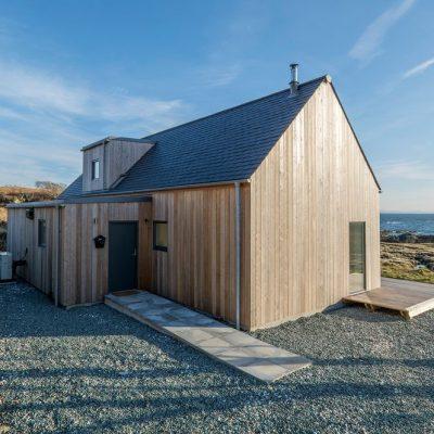 СИП дом с панорамными окнами: вход